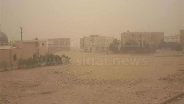 رياح وعواصف رملية تضرب محافظة شمال سيناء