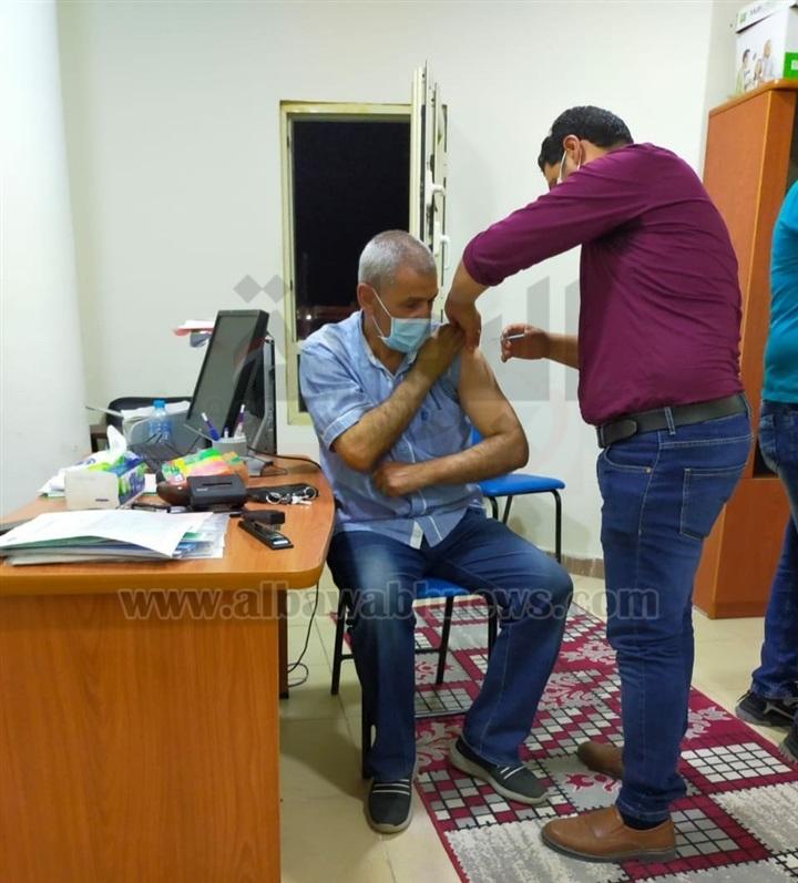 بالصور.. تواصل فعاليات تلقي المواطنين لقاح كورونا بطور سيناء