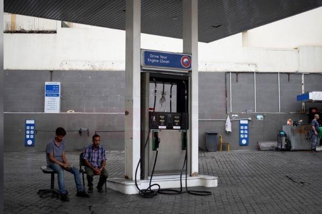 قادة الأجهزة العسكرية والأمنية بلبنان يبحثون تداعيات نقص الوقود