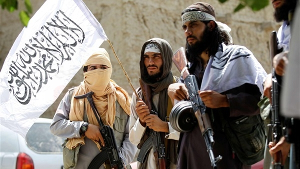أمريكا تدعو طالبان إلى الموافقة على وقف دائم لإطلاق النار