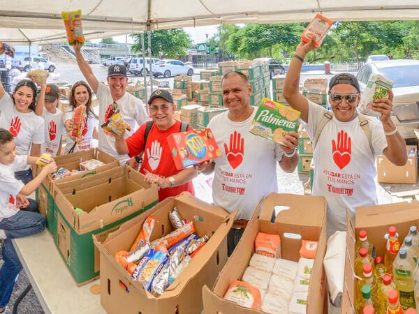 Colaboradores del Banco de Alimentos de Culiacán en el Hambretón