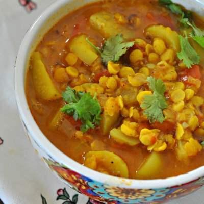 Achari Tinda Wali Dal (Spiced Lentils with Apple Gourd)