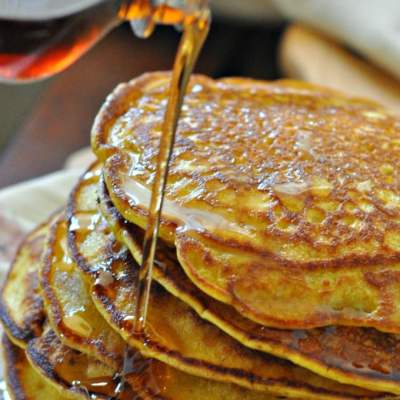 Whole Wheat Spiced Pumpkin Pancakes