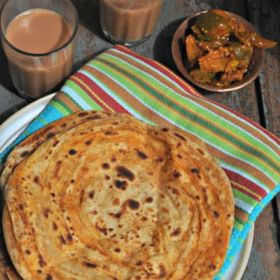 How to make Namak aur Ajwain Ka Parantha – Video Recipe