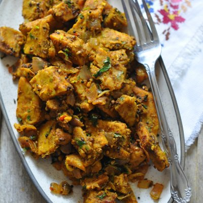 Steamed Besan Ki Sabji | Gram flour Dumplings Stir fry