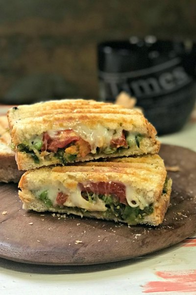 The Perfect Winter Sandwich – Green Peas & Roasted Tomatoes