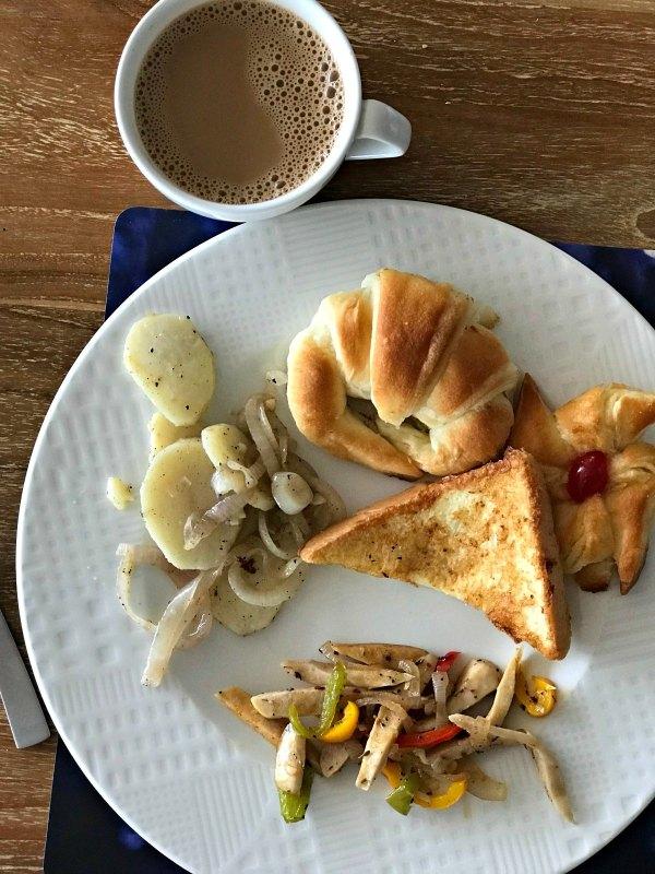 Java Rain breakfast