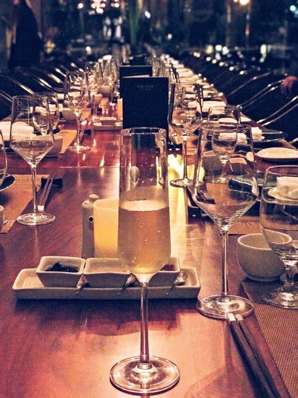 Mikusu Table