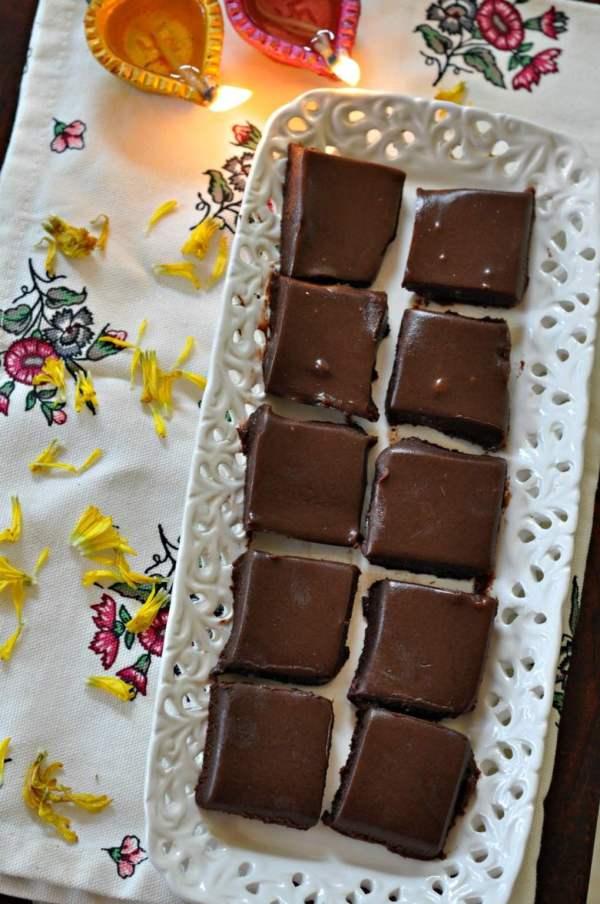 chai-masala-chocolate-fudge.1024x1024