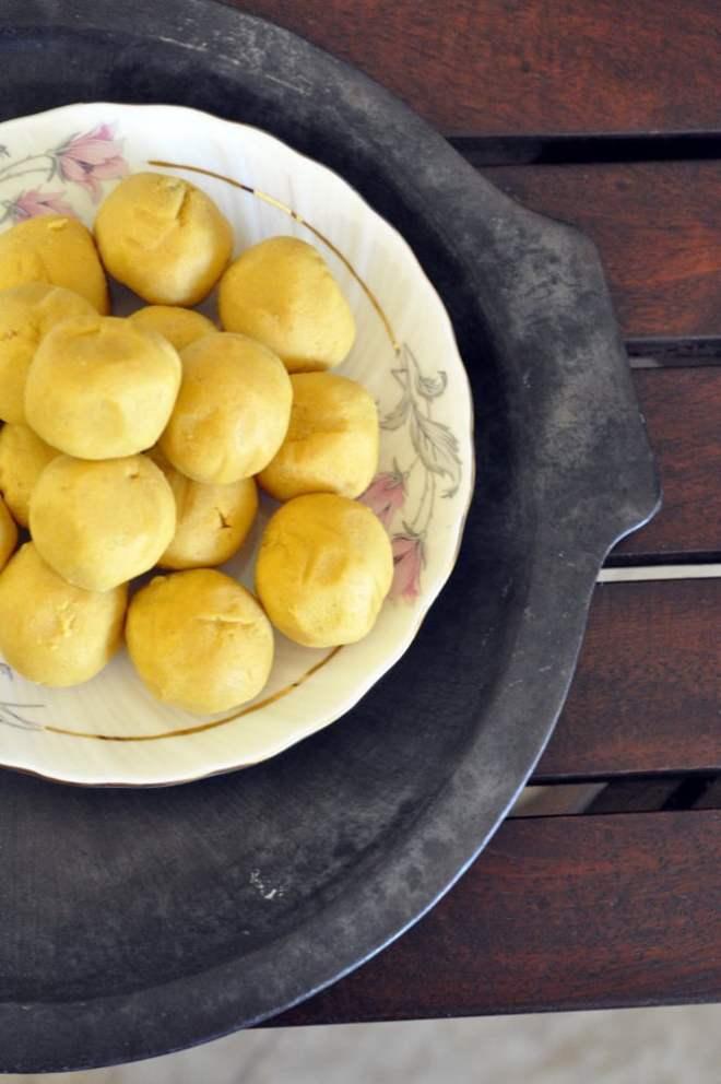 diwali-special-moong-dal-ladoos-recipe.1024x1024