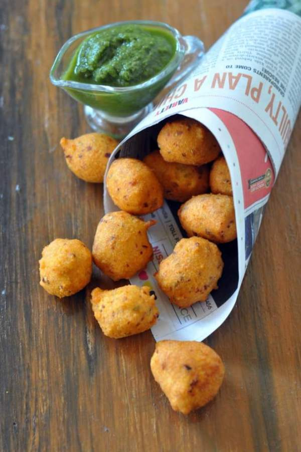 moong-dal-ladoopakodi-recipe.1024x1024