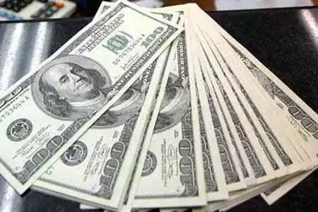 Detienen a una Argentina en Dubai por llevar dólares falsos