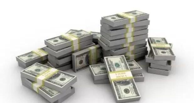 Cómo es el nuevo régimen de compra de dólares para viajar al exterior