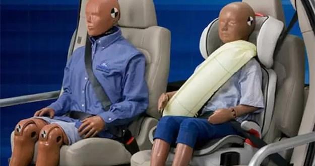 Crean cinturón de seguridad y airbag dos en uno de Ford