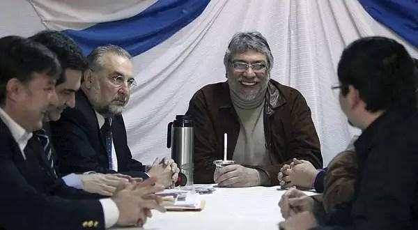 Fernando Lugo crea un gobierno paralelo en Paraguay