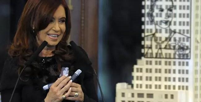 Conoce a la diseñadora de la muñeca de Cristina