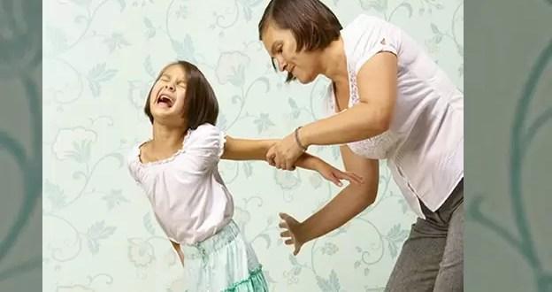 Las secuelas mentales de dar chirlos a los niños