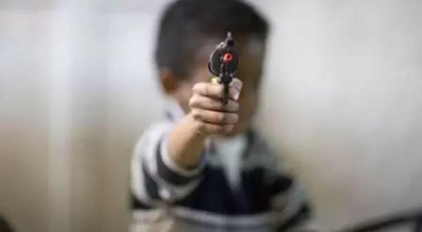 Delincuentes menores de edad no irán a la comisaría