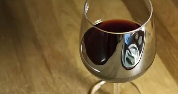 ¿Comprarías un vino por 168.000 dólares?