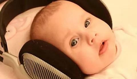 Enterate cuál es la canción que más se escuchaba el día que naciste
