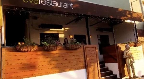 Restaurante ofrece descuentos por no usar el celular