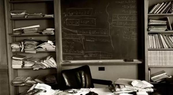 Foto: Cómo quedó la oficina de Einstein el día que murió