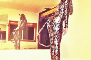 Fergie en audaz disfraz de Halloween - Foto