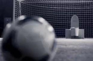 Video insólito: Un inodoro que ataja penales