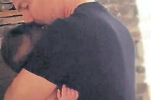 La foto más tierna: Adrián Suar junto a su bebé