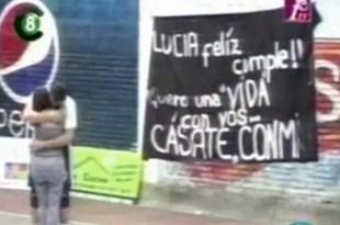 Video: Basquetbolista pidió matrimonio a su novia en la cancha