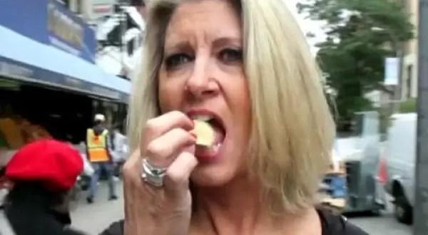 Así vive la persona que se alimenta sólo con comida chatarra