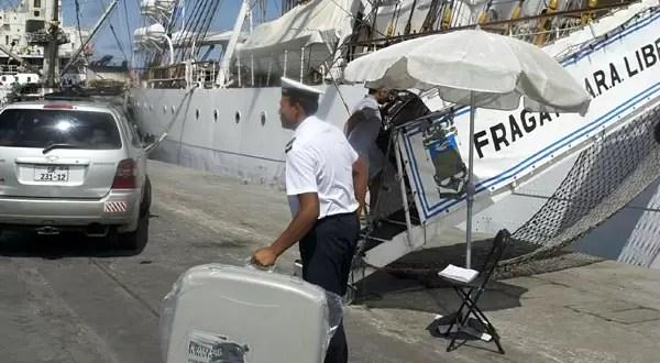 Qué pasaría si la Argentina se niega a mover la Fragata en Ghana