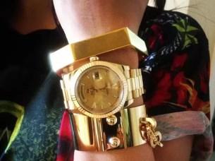 Fotos: El reloj ostentoso de Kim Kardashian
