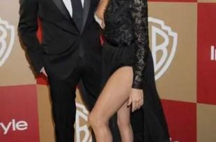 Foto: Eva Longoria muestra de más con atrevido vestido