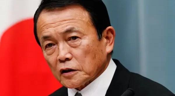 Ministro pide a jubilados que se apuren a morir