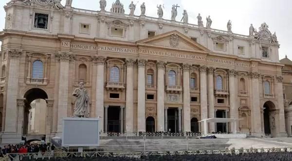 Comienza la elección al sucesor de Benedicto XVI