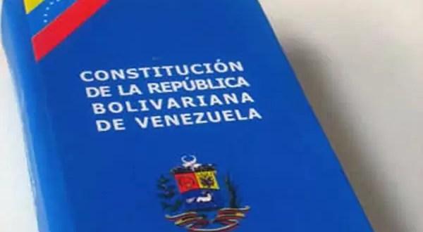¿Qué dice la Constitución de Venezuela sobre la ausencia definitiva del presidente?