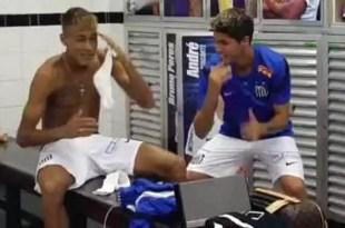 Futbolistas enseñan a Neymar a bailar cumbia - Video
