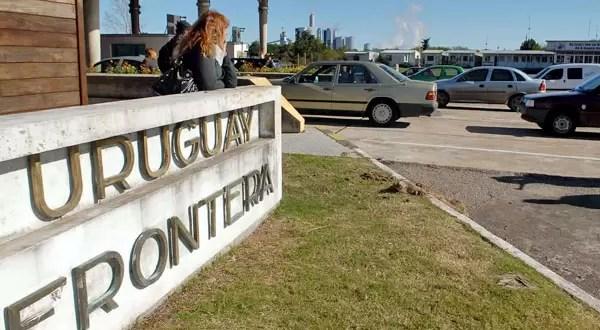 Uruguay impide a sus ciudadanos comprar en Argentina