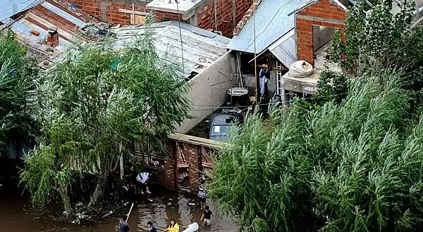 Sanción a empresas de telefonía móvil que fallen en situaciones de emergencia