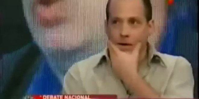 Ex bloguero K despotrica contra todos - Video
