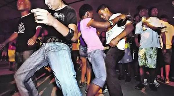 Polémica: En qué consiste el nuevo juego sexual entre adolescentes