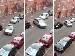 Video: Tarda media hora para estacionar su auto
