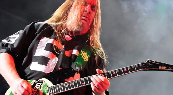 Guitarrista de Slayer murió por picadura de araña