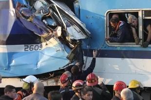 Tres muertos y 315 heridos por choque de trenes del Sarmiento en Castelar