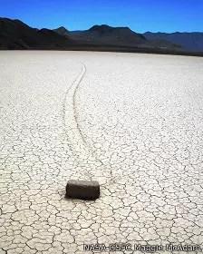 Por qué se mueven las rocas del Valle de la Muerte