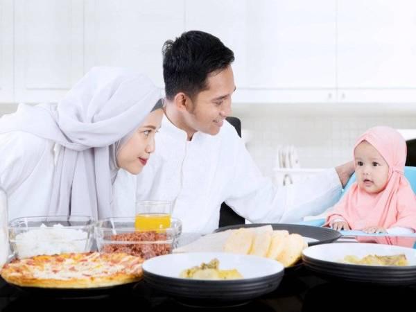Makan malam masa yang tepat untuk aktiviti keluarga