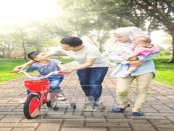 Aktiviti berlari bersama keluarga mengeratkan lagi kasih sayang
