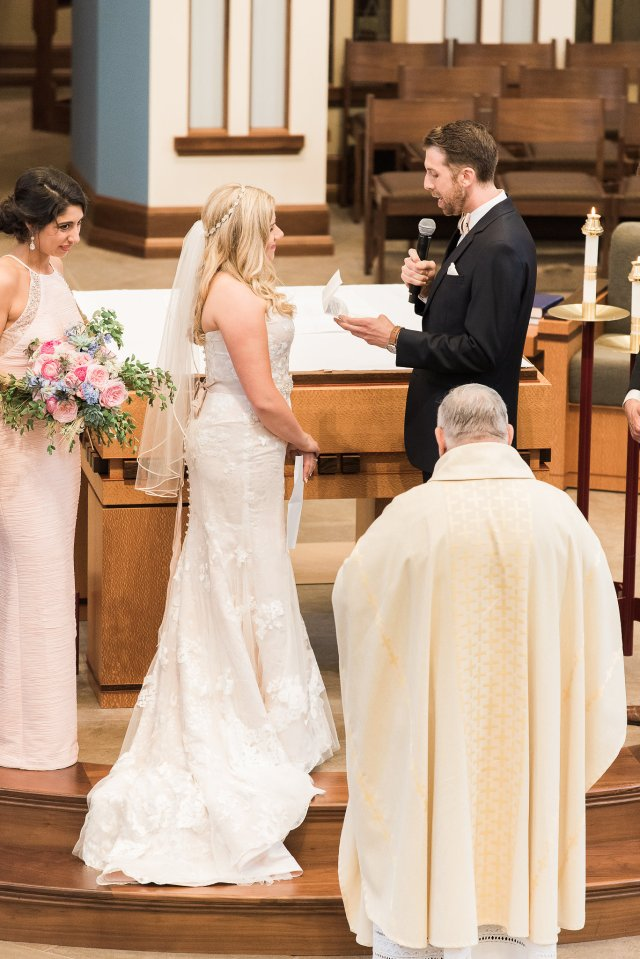 Sincerely jennie catholic wedding ceremony photo timeline catholic wedding ceremony junglespirit Image collections