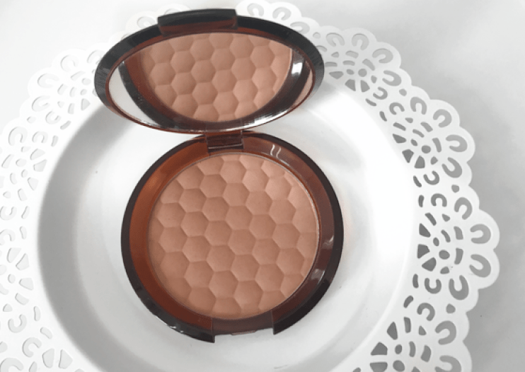 The Body Shop Honey Bronze Bronzing Powder Sincerely Sarah SincSarahSnaps